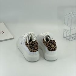 Women's shoes, sports shoes