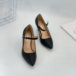 Women's shoes, leather shoes