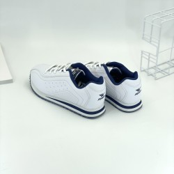 Sports shoes, casual shoes, white shoes